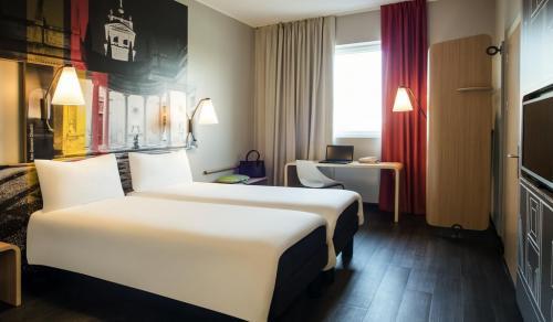 Ibis Lainate Hotel