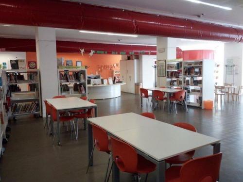 l' Ariston Urban Center la Biblioteca