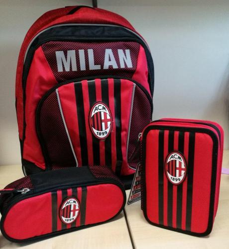 zaino e astuccio coordinati Milan